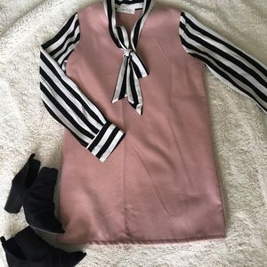 Excellent condition! Sweet Bow and Stripes Dress